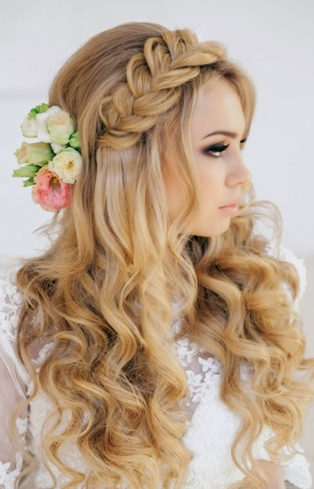 The Little Braid You Can Have On Top Is A Newer Wanted Detail At Salon If Are Getting Married Young Age Of 19 23 Chances Will Want